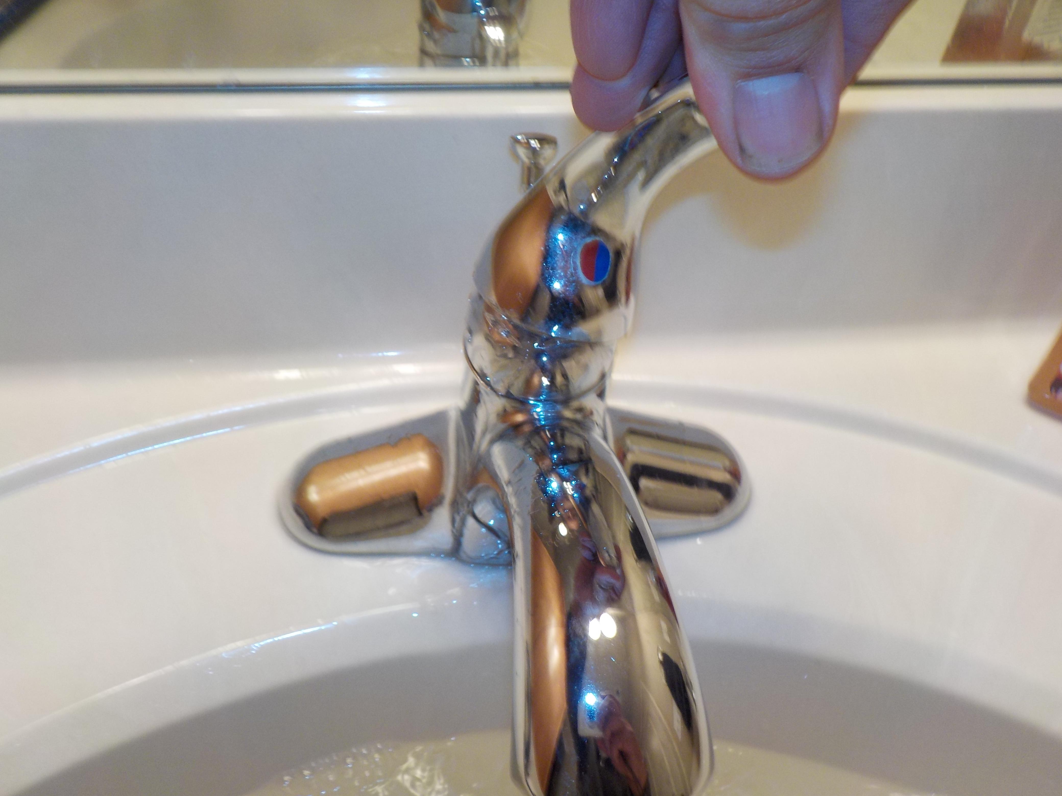 Leaking faucet - Chelsea