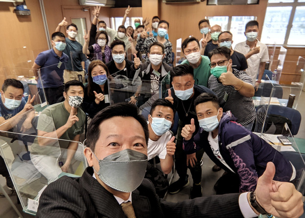 Selfie with satisfied training participants