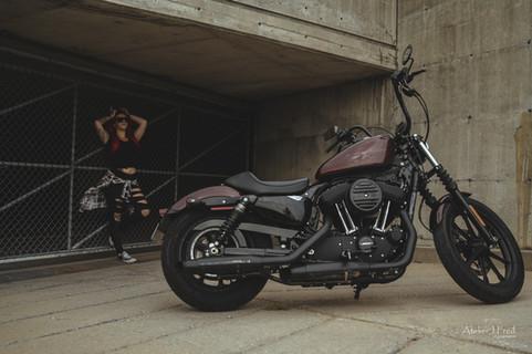 Photo femme moto (14).jpg