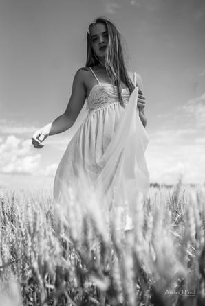 Photo femme blé (8).jpg