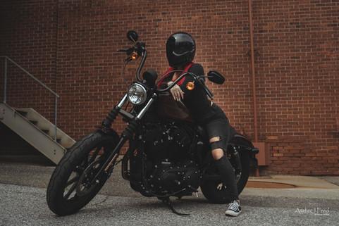 Photo femme moto (12).jpg