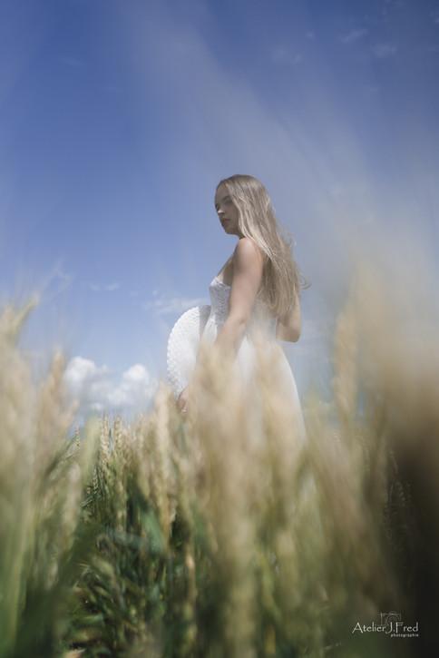 Photo femme blé (4).jpg