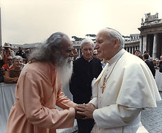 Sri Gurudev with Pope Paul VI