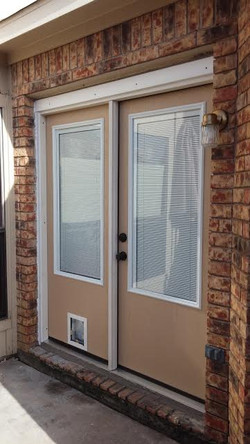 70x80 with 3/4 Windows & Blinds