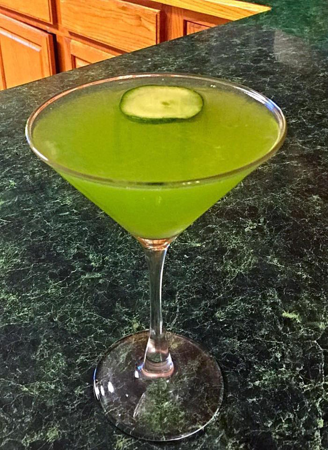 How Green Is My Cocktail: A Green Drink for St. Patrick's Day!
