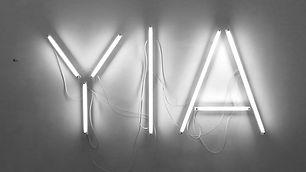 YIA néon.jpg