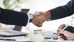 Licitações e Contratos Administrativos: oportunidade de negócios em momento de baixa economia.