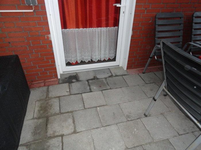 Auch der Zugang zur Terrasse ist natürlich ebenerdig gestaltet Ferienhaus Amelsberg in Leer Ostfriesland