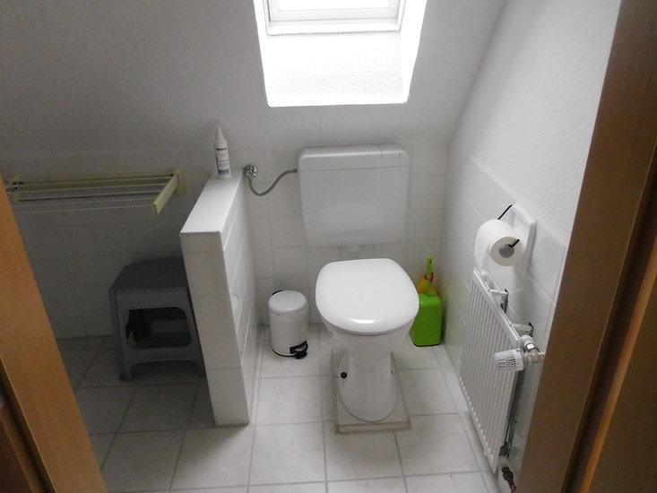 Toilette im Bad . Ferienwohnung 26789 Leer in Ostfriesland