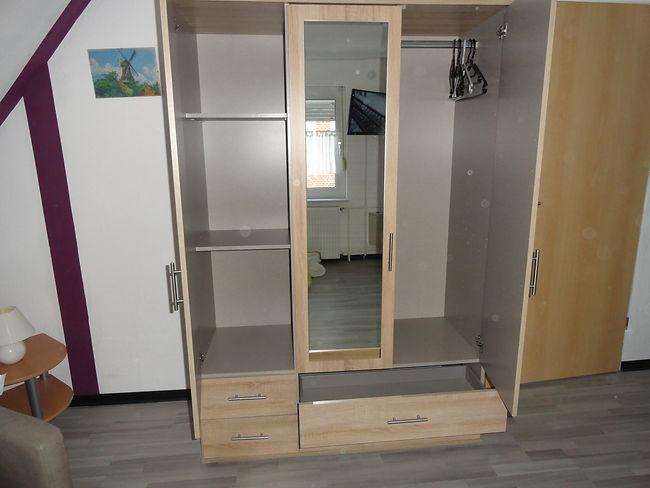 Kleiderschrank, Schlafzimmer, Obergescho