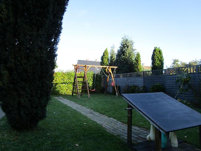 Ansicht Garten Schaukel Ferienhaus Fewo