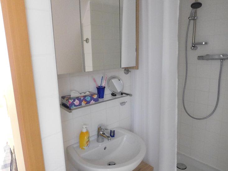 Bad in der Ferienwohnung Leer in Ostfriesland