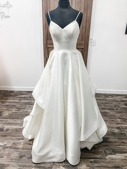 """Jaide Collection Gown-""""Nova"""""""