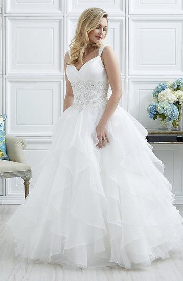Romantic Bridals 7010