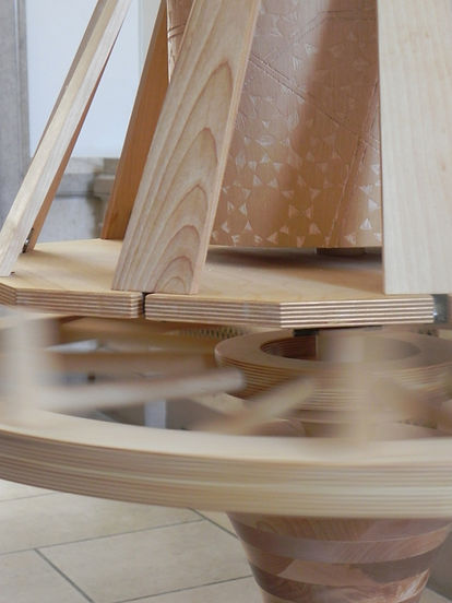 2.Choice Spinner (Detail of Spin) (2).jp