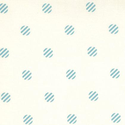 Its a Hoot MoMo 32376-18 moda fabrics