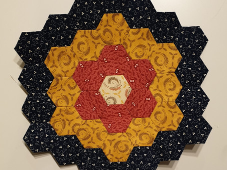 Free Mystery Hexagon Quilt Part 1