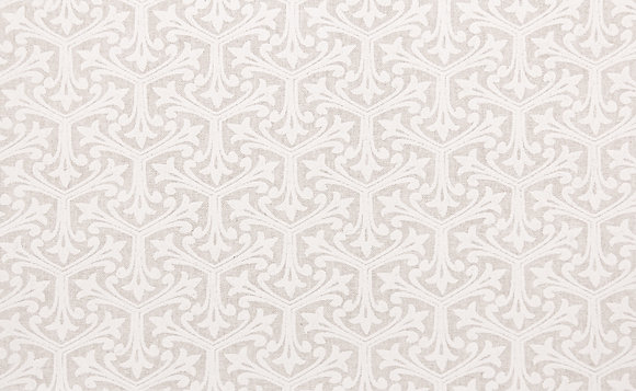 White and Natural Fleur de trois White Wide Back Fabric gl6859.07