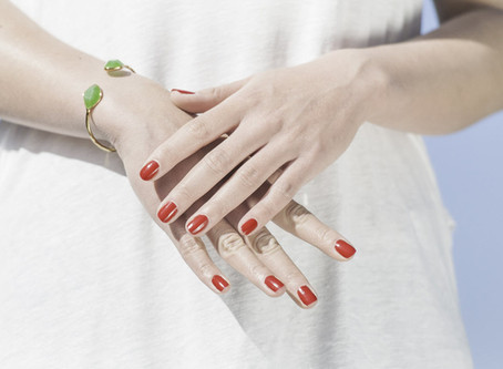 Magnificent Manicures: The Perfect Nail Polish Colors to Go With Every Outfit