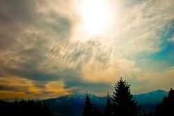 clouds-2652914_1920.jpg