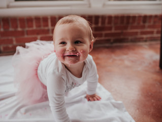 Milestone Session | One Year Cake Smash | Valerie | Crestwood, Missouri | Fresh Pine Photography - S