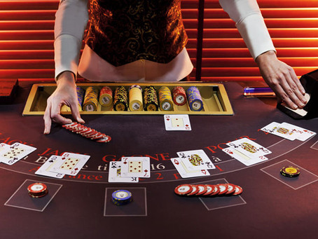 Blackjack: Become an expert, beat dealers and win big prizes