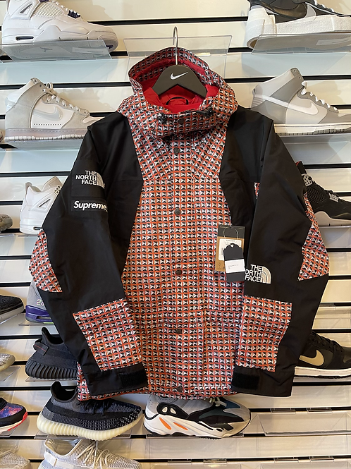 Supreme TNF Red Studded Parka Sz Small