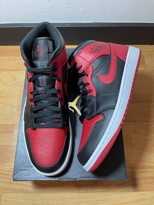 DS Banned AJ1 Mid Sz 11