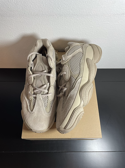 DS Taupe Light Yeezy 500 Sz 9