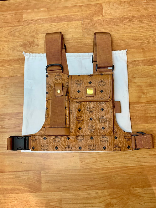 MCM Chest Pack