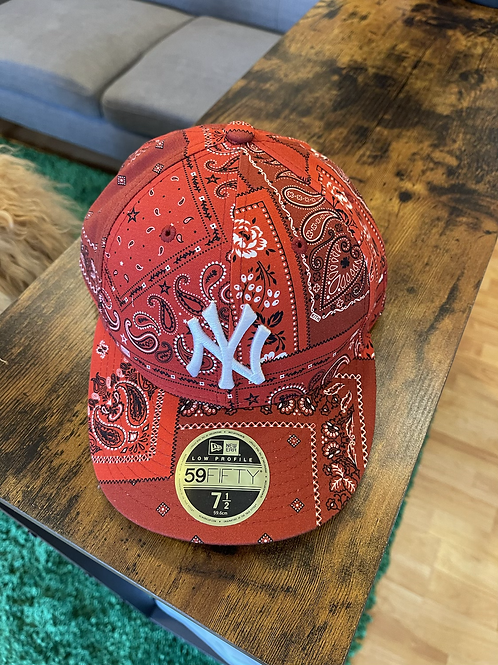 Kith Red Bandana Fitted Sz 7 1/2