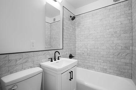 310 e 44 #1110 BathroomLow.jpg