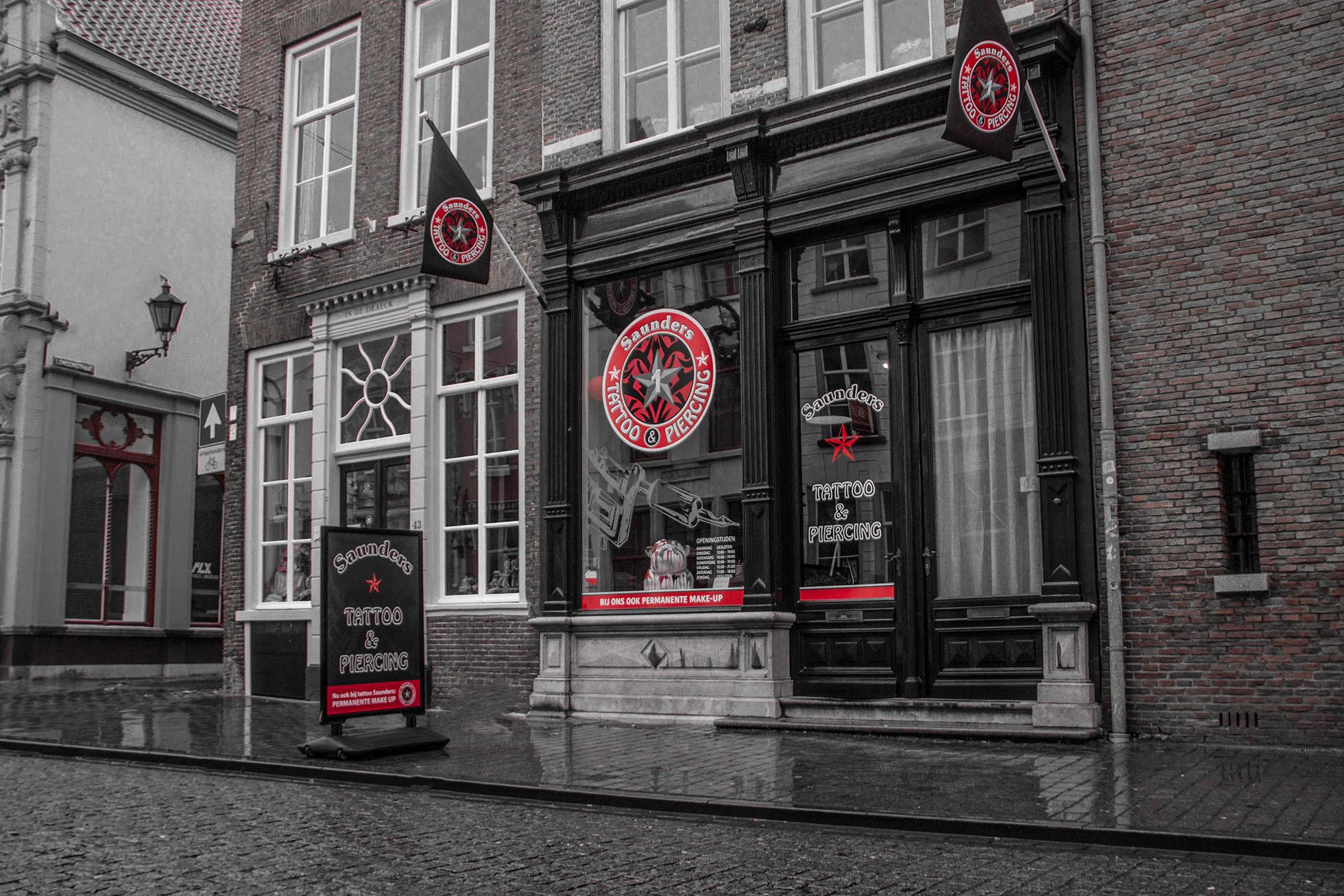 Tattoo Saunders Bergen op Zoom