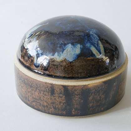 Gloss Domed Jar