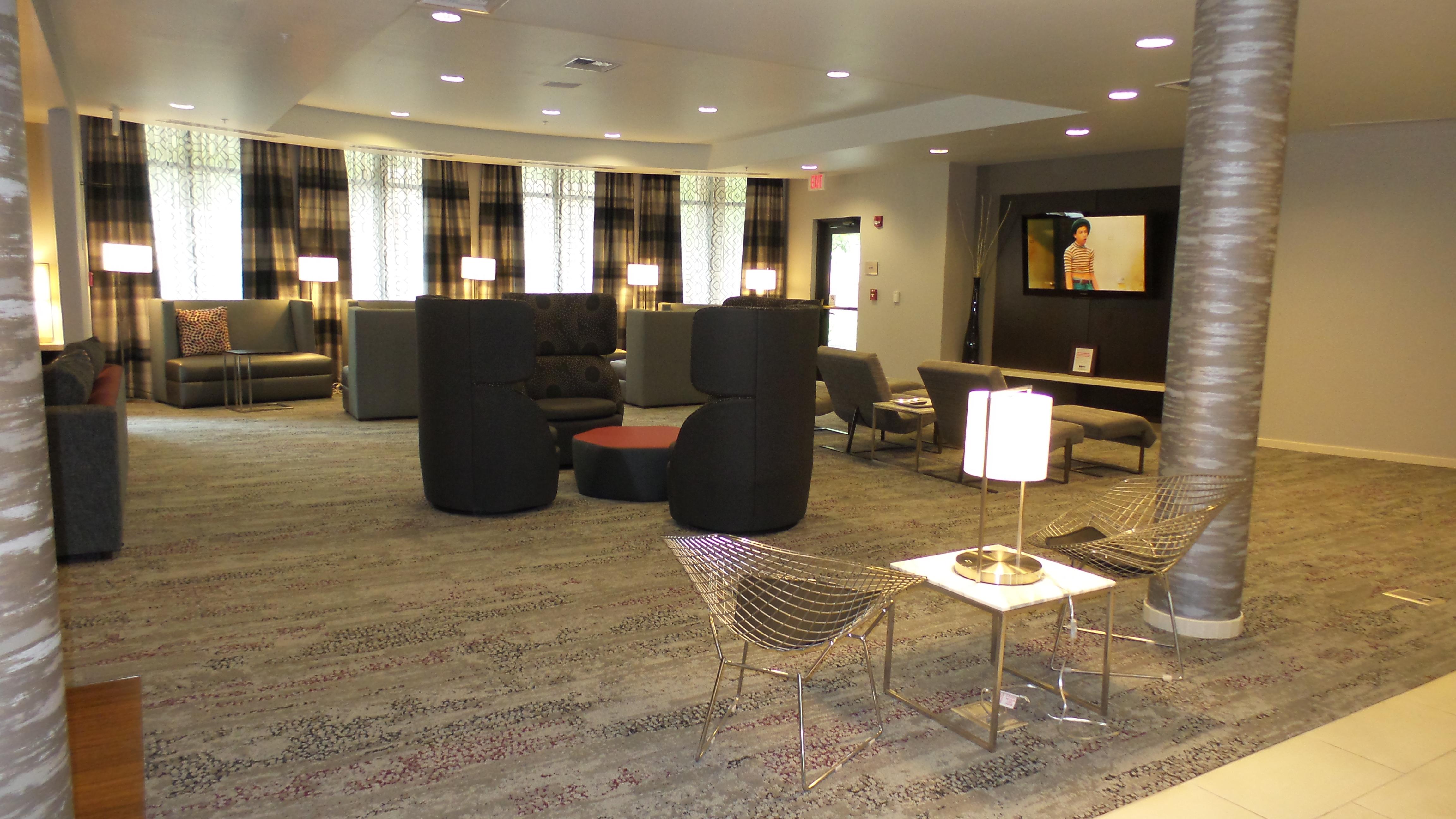 Lobby Lounge 2