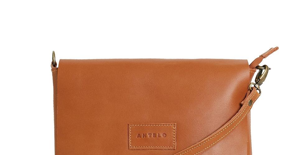 Antelo Jeanie XL Leather Crossbody Handbag - Cider