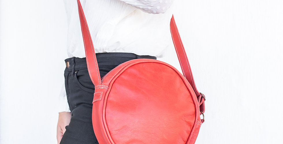 Peppertree Roundabout Leather Bag - Red