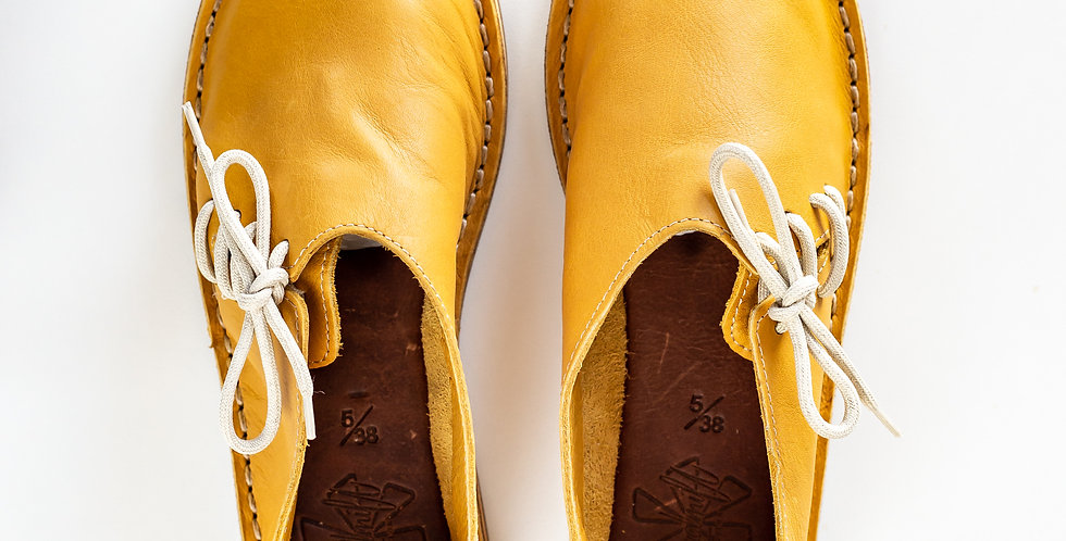 Windmill Side Lace Vellies - Mustard