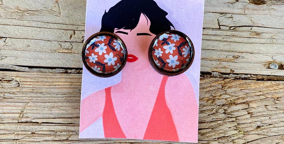 Wooden Stud Earrings - White Daisy