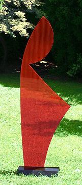 Donna piccola Plex rossa.jpg