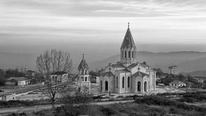 Der Fall Paschinjan(s) und der zweite Krieg um Nagorno-Karabakh