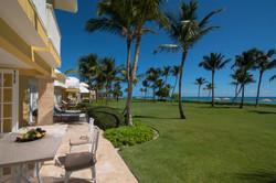 Tortuga Bay Terrace Green & Beach Area