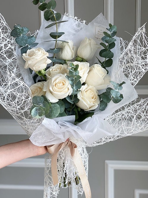 White Rose Bouquet (12  or 24 Stems)