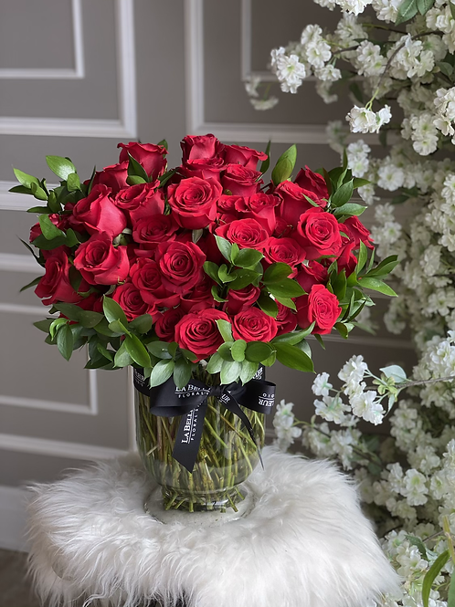 100 Roses Vase Arrangement (Different colors are available)