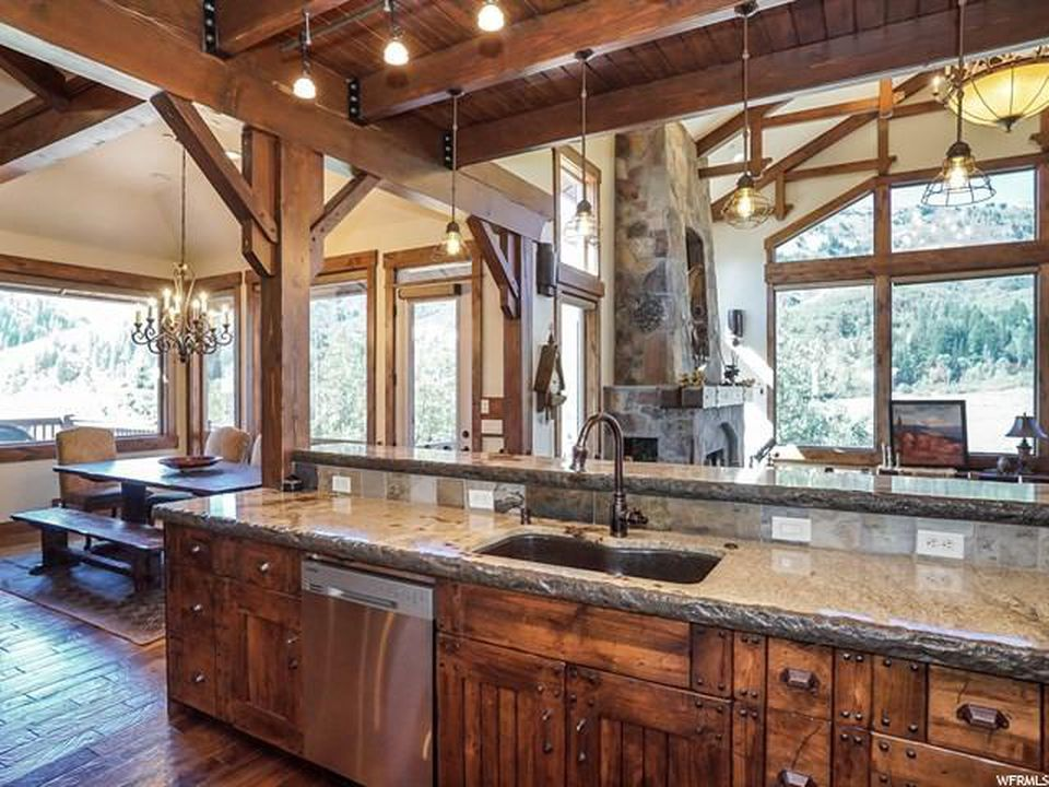 Serenity Hills Lodge