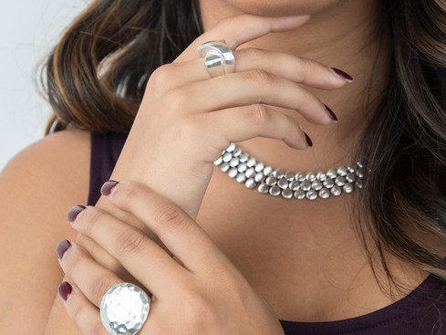 PICKING THE PERFECT DRESS RING FOR YOUR PERFECT OUTFIT: COCKTAIL PARTIES TO PROM