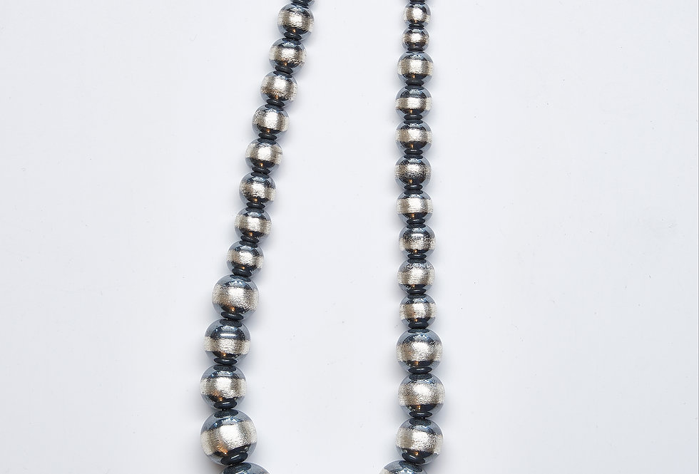 "18"" Graduated Oxidized Beaded Necklace"