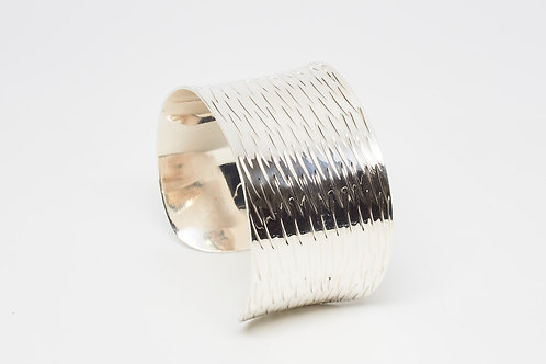 Hand-Edged Concave cuff