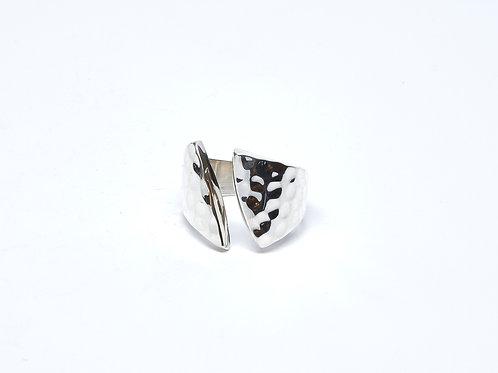 Hammered Split Ring