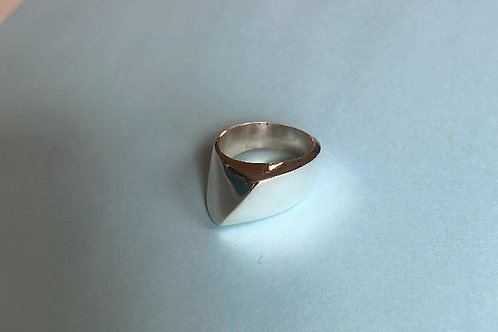 Asymmetrical Raised Ring